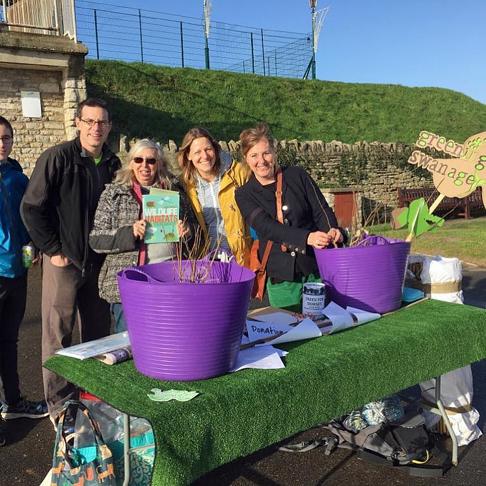 Sustainable Swanage giving away free trees.