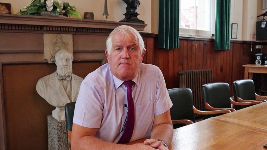 Swanage mayor, Mike Bonfield