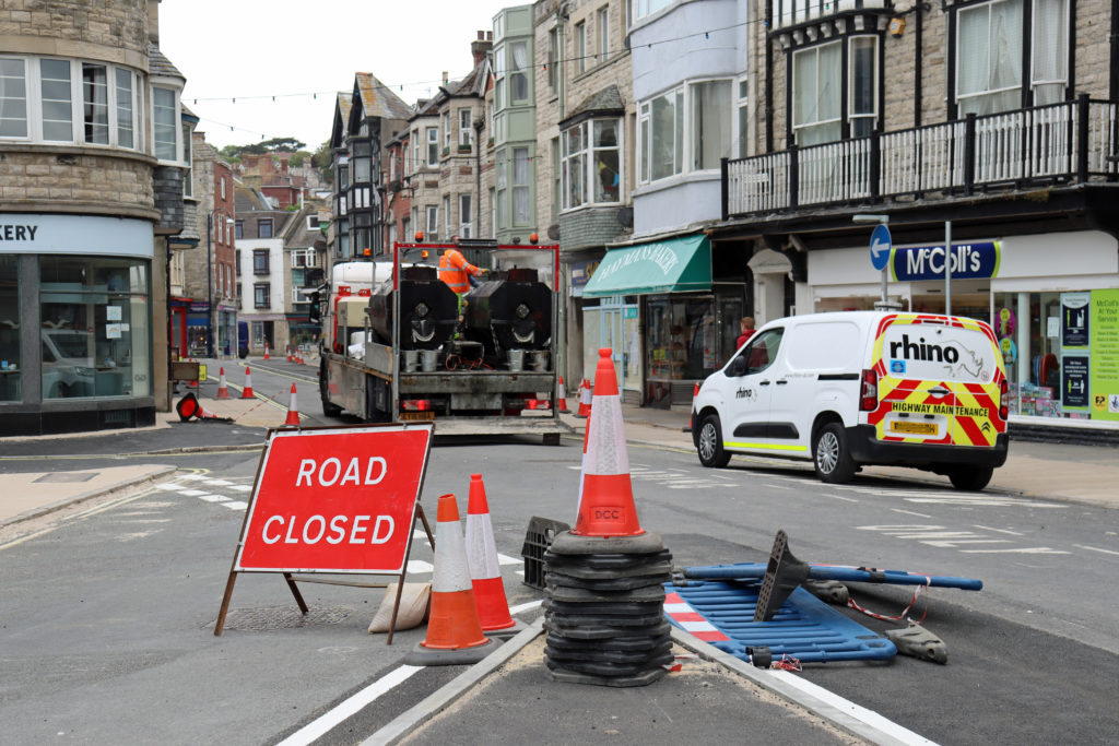 Work on pavements in Institute Road