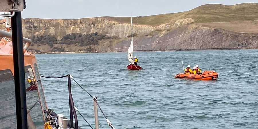 Rescue by Swanage Lifeboat crew in Kimmeridge
