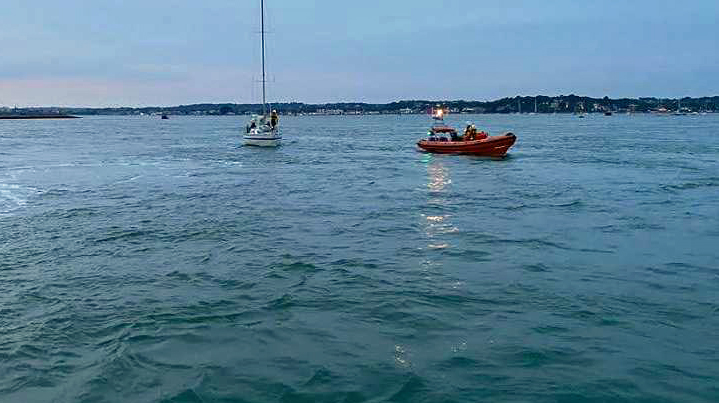 Yacht towed back to Poole by lifeboat