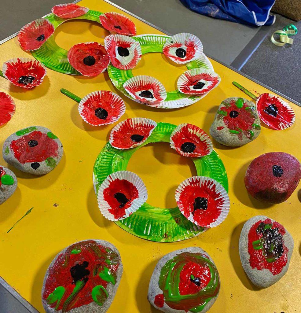Little Birds Pre-nursery create poppy commemorations