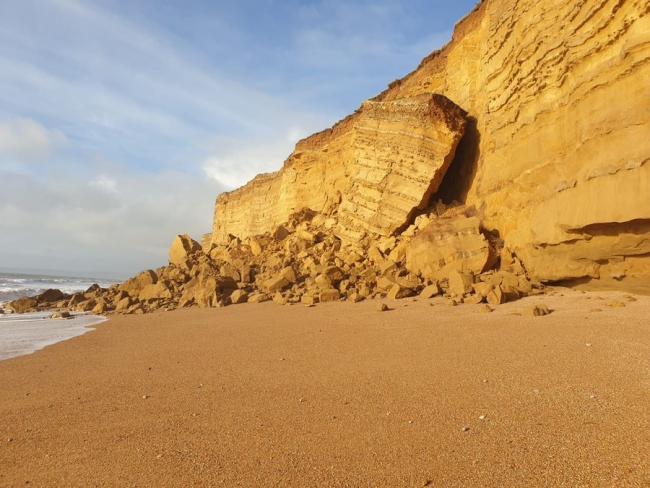Hive Beach rockfall