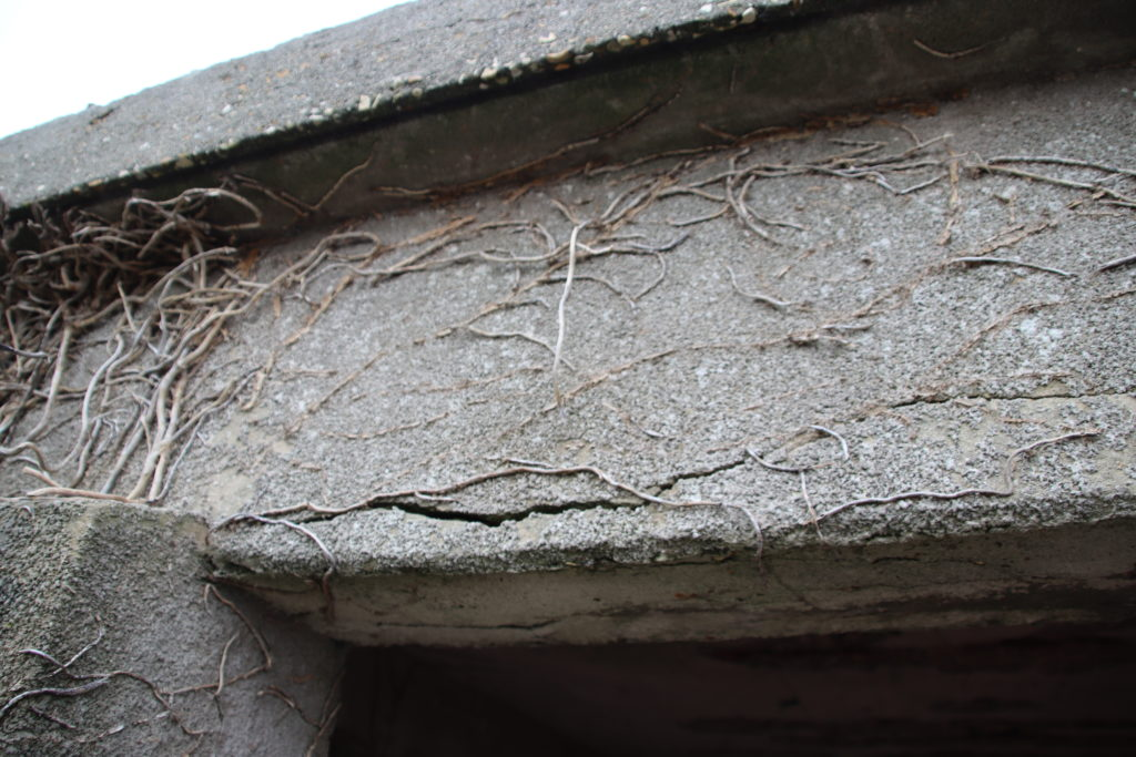 Cracks appearing at Swanage battery