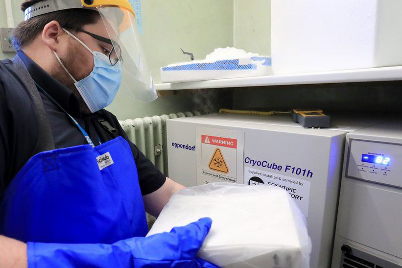 Vaccine arriving at Croydon University Hospital