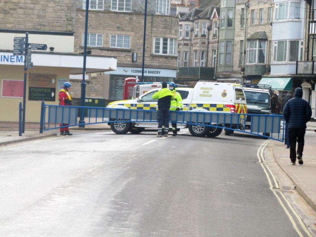 Coastguard close off the road due to seafoam