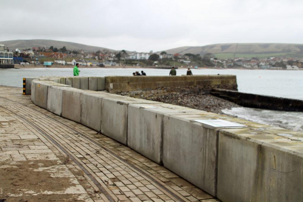 Sea defence blocks