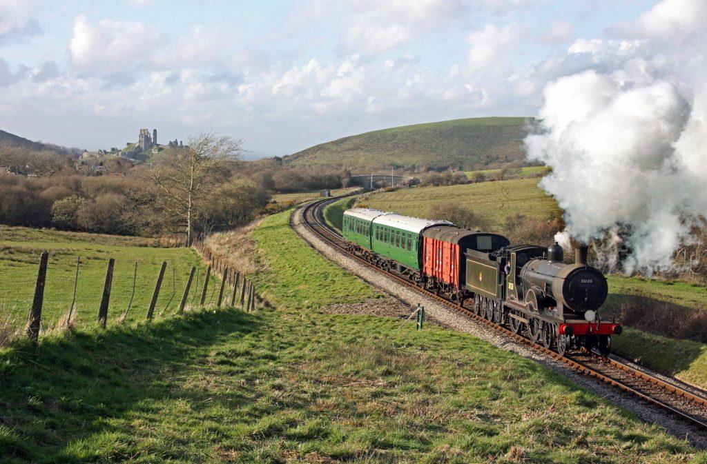 T9-30120 Steam locomotive