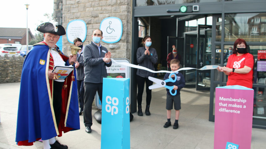 Relaunch of the Swanage Co-op