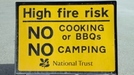 Sign warning of high fire risk