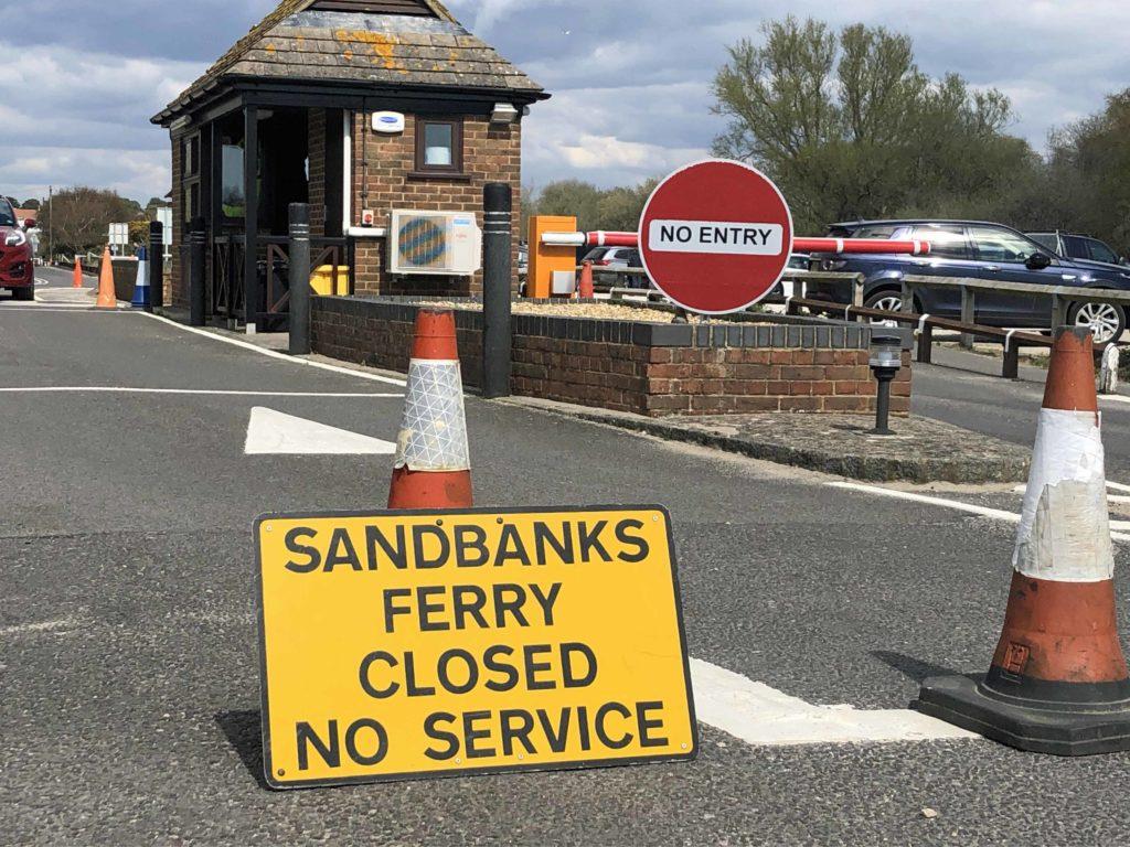 Sandbanks Ferry closed sign