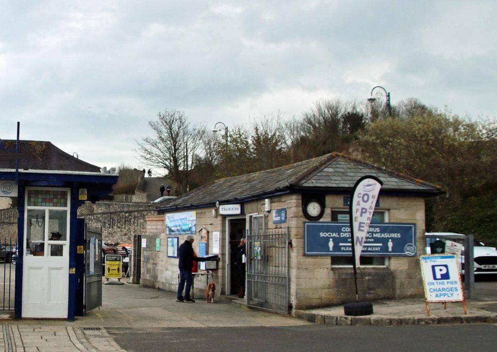 Swanage Pier gatehouse open