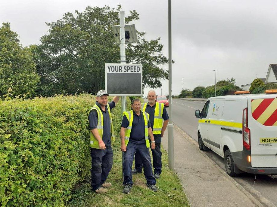 Swanage Town Council installs speed indicator