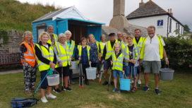 Volunteer litter pickers