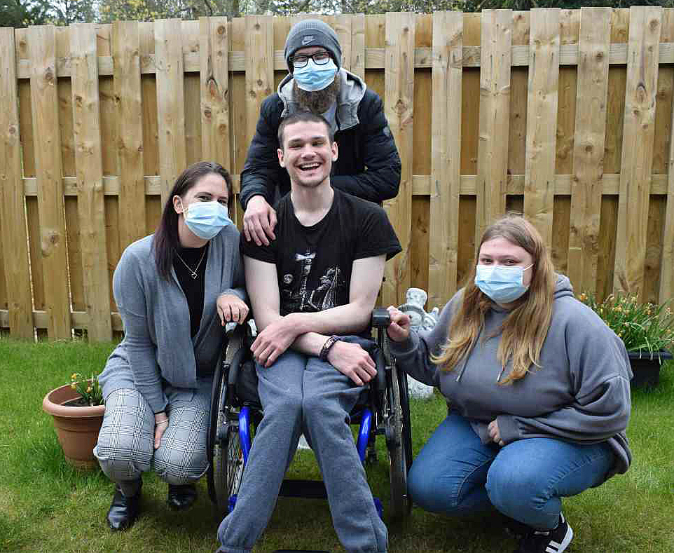 Red Oak Court tenant, James, with CIC support staff
