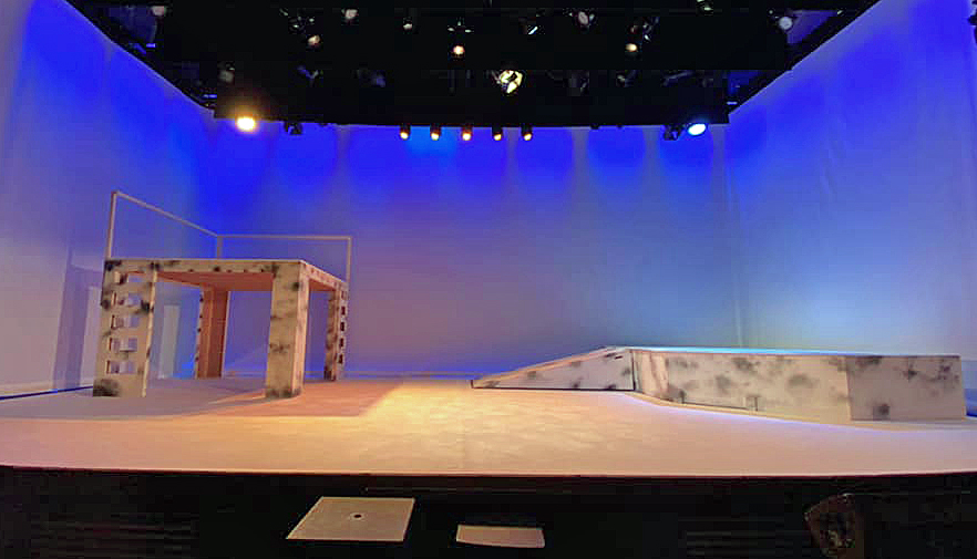 Stage set for The Princess and the Pauper at The Mowlem