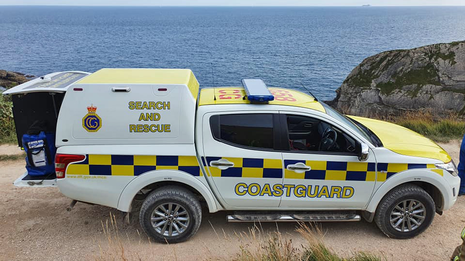 Coastguard vehicle at Man O War Bay