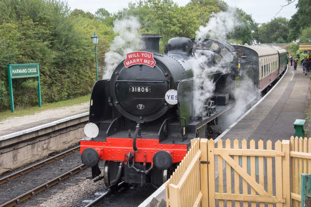 Train at Harmans Cross